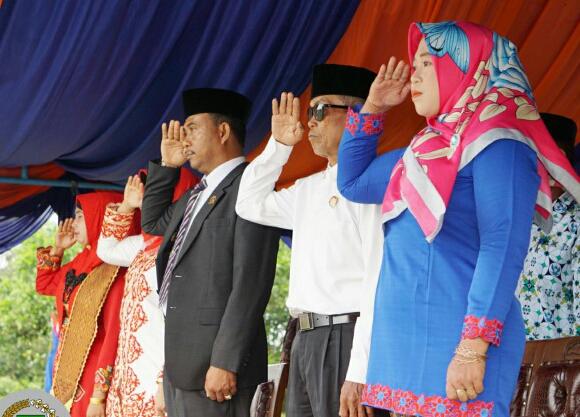 Anggota Dprd Kabupaten Bengkalis  Zam Zami Harun ST Hadir HUT RI KE-73 Di Kelurahan Pergam Kecamatan Rupat