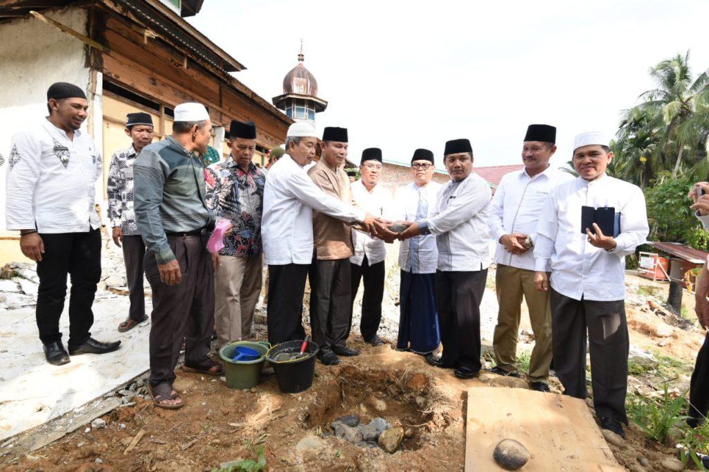 Desa Sibiruang Bangun Masjid Jami Dan Selenggarakan Turnamen Sepakbola