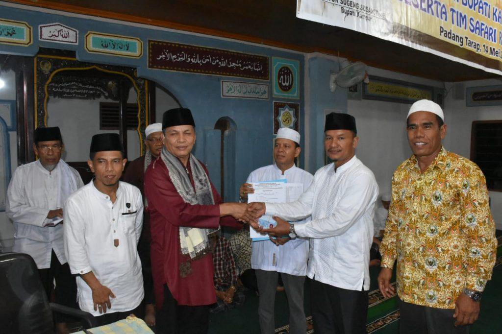 Kampar Utara Terima bantuan dan E-KTP untuk 8 Desa dari Tim Safari Ramadhan