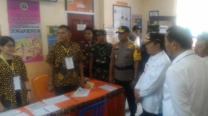 Usai Tinjau Tiga TPS di Pekanbaru, Gubri dan Wagub Kunjungi Dumai dan Inhu