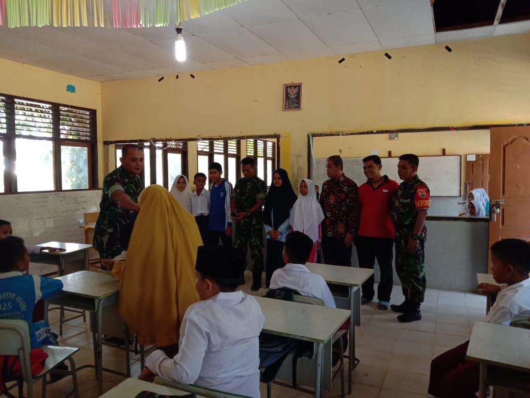 Kehadiran Koramil 07/Kampar Ke MTS Darun Naim, Disambut Haru Pihak Sekolah
