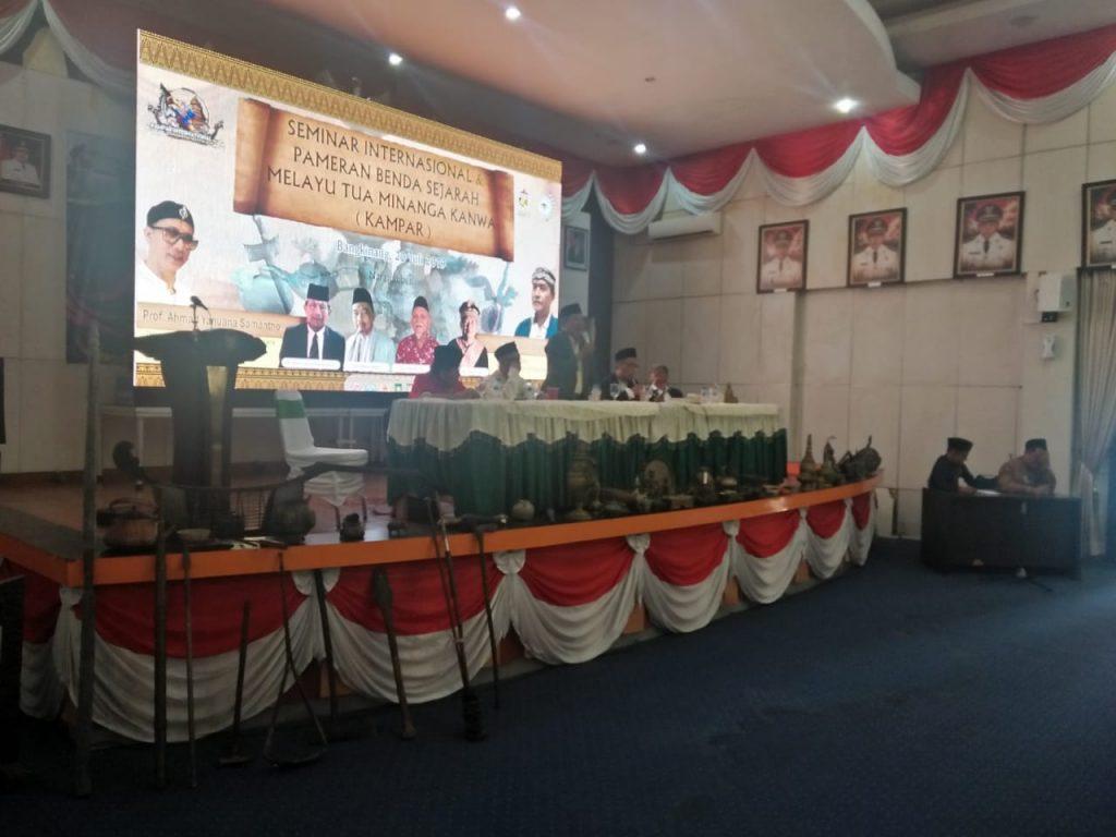 Kampar Adakan Seminar Internasional dan Pameran Benda Sejarah Melayu Tua Minanga Kanwa