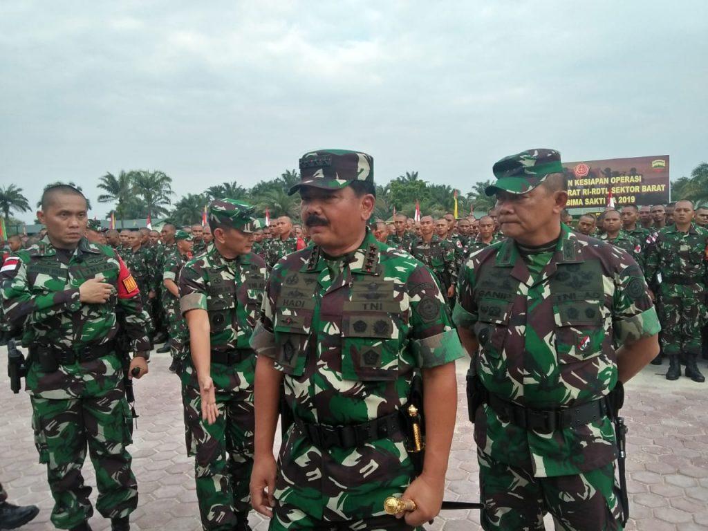 Kebanggan Panglima TNI Saat Berkunjung Ke Yonif 132/BS/Salo