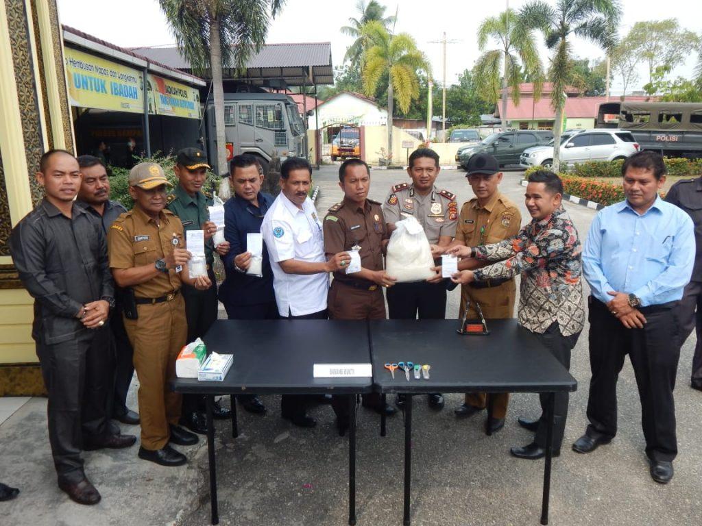 Polres Kampar Musnahkan Barang Bukti Narkotika Jenis Shabu Seberat 4,46 Kg