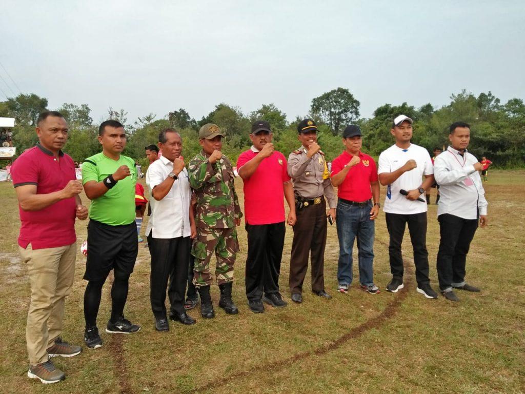 Dirgahayu HUT RI ke-74 Desa Salo Adakan Turnamen Sepak Bola Antar Club Se-Kecamatan Salo