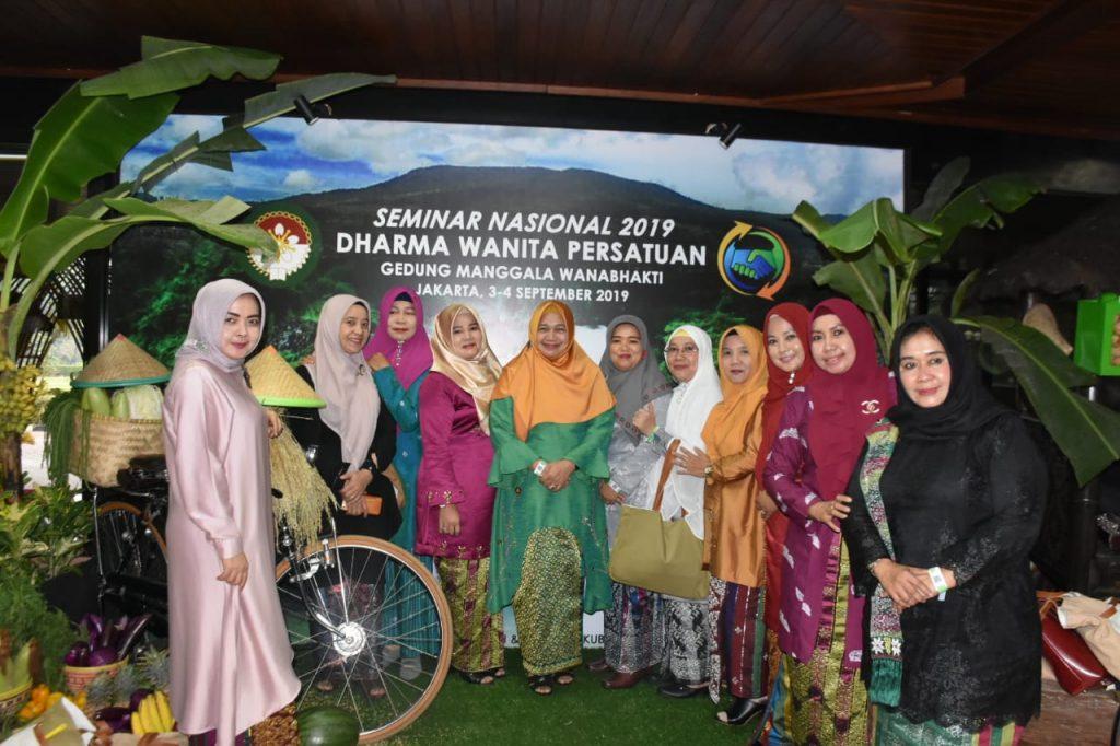 Hadiri Seminar Nasional DWP 2019. Juli Mastuti : Mari Bersinergi Capai  Pembangunan Pembangunan Daerah