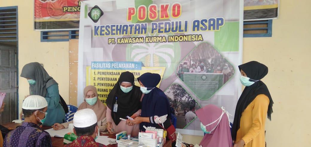 PT.KKI Buka Posko Kesehatan Peduli Asap Diaula Kantor Desa Ranah Sungkai