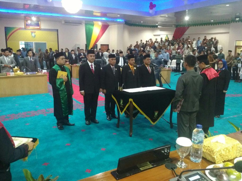 Muhammad Faisal Resmi Jabat Ketua DPRD Kampar