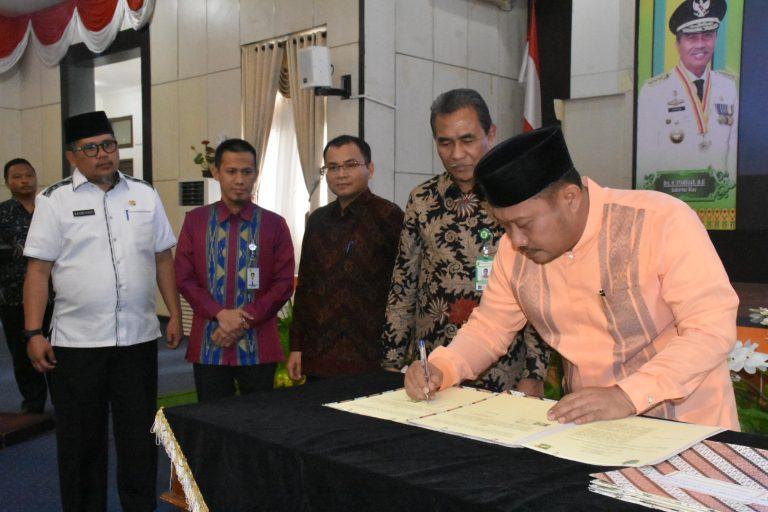 Bupati Kampar Tandatangani Kesepakatan Bersama Dua Universitas Dan Dua Perusahaan Di Riau