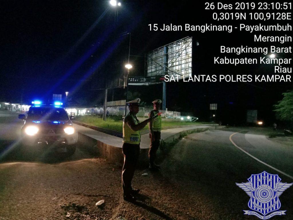 Satlantas Polres Kampar Turunkan Tim Urai Macet di Jalan Lintas Riau – Sumbar