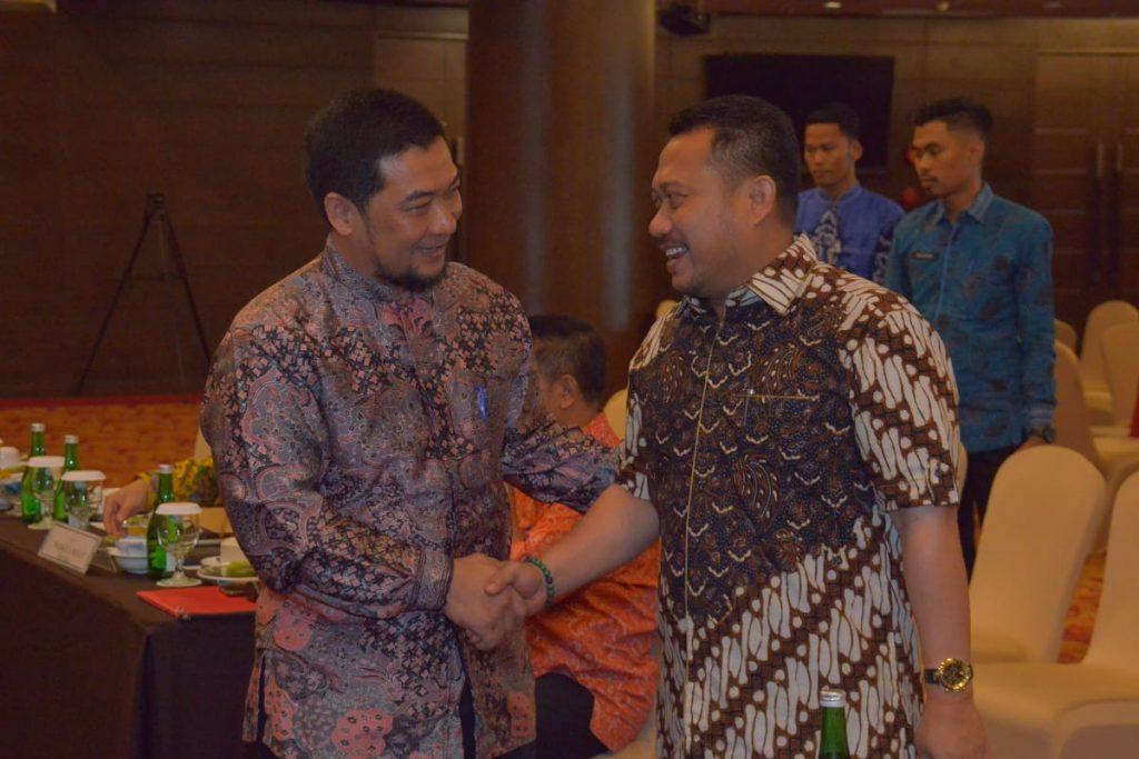 Bupati Kampar Hadiri Pertemuan Dengan 18 Gubernur Terkait DBH Sawit