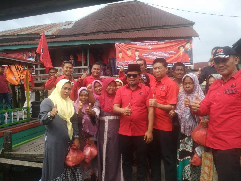 DPC PDI Perjuangan Bersama Ketua DPD H. Zukri Gelar Pengobatan Gratis
