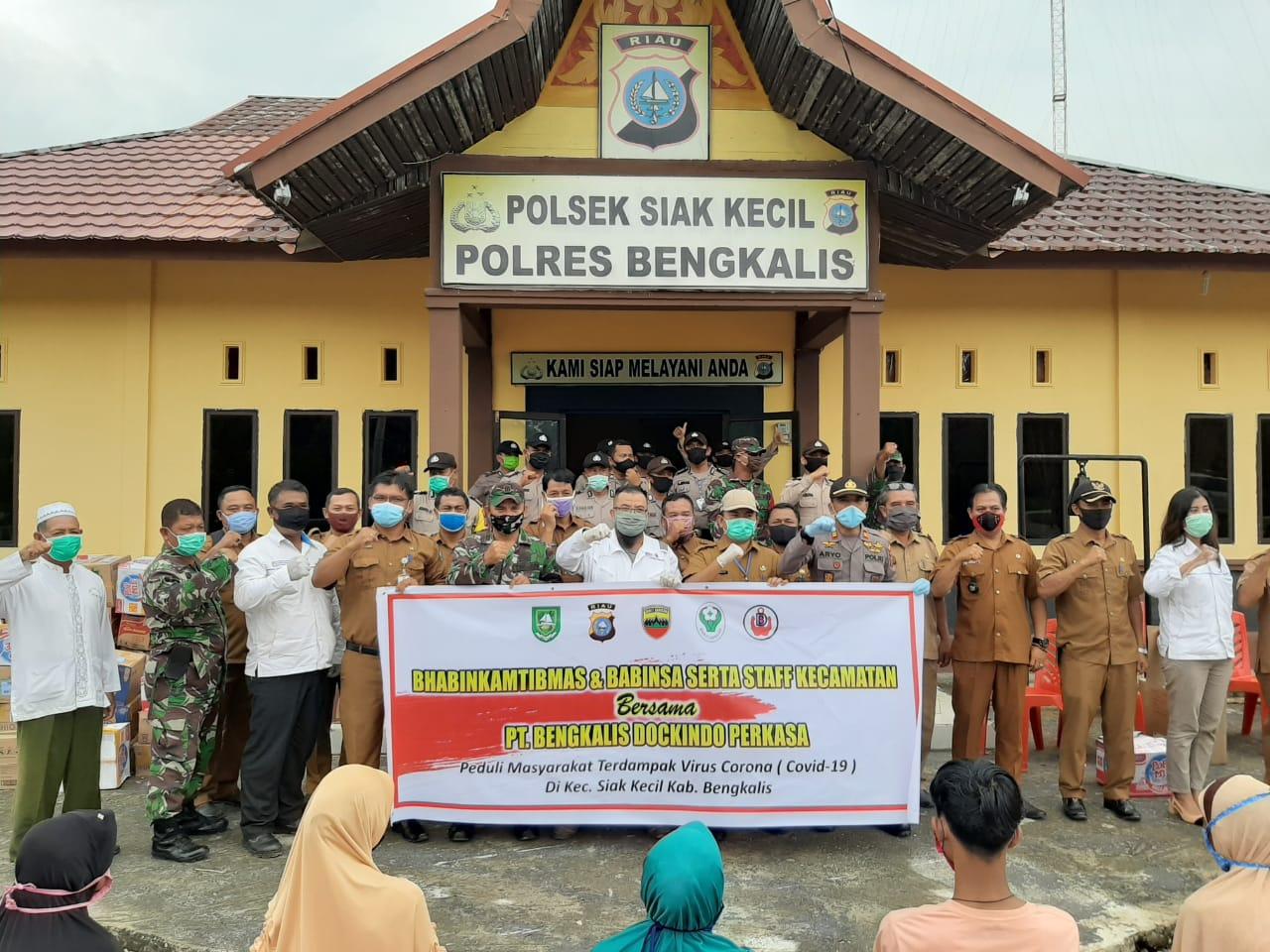 Peduli Dampak Covid-19, PT BDP Salurkan Sembako Dan APD Di Siak Kecil