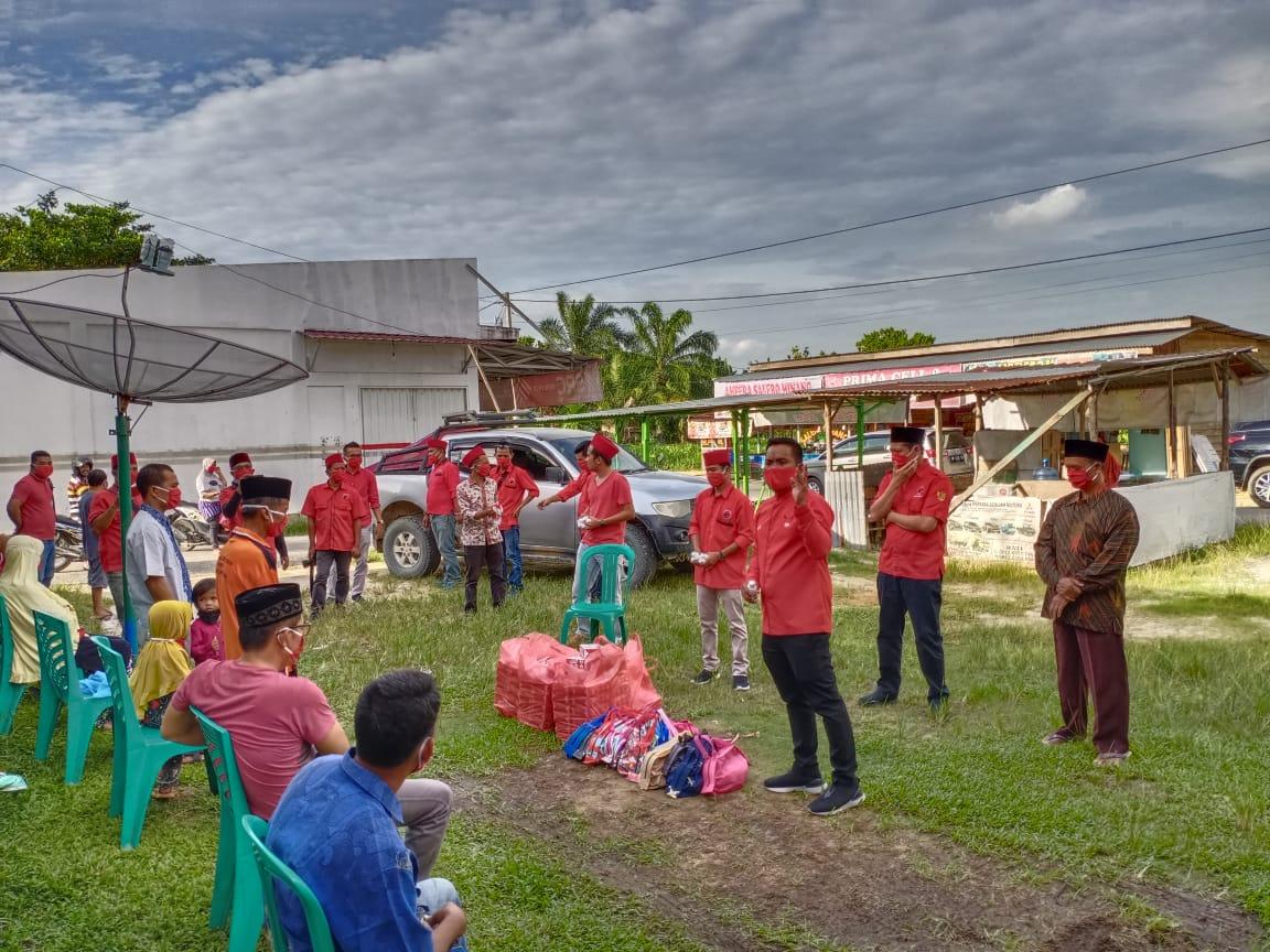 Hari ke-9 PDI Perjuangan Riau Berbagi, Ribuan Sembako, Masker, dan Hand Sanitizer Cegah Corona