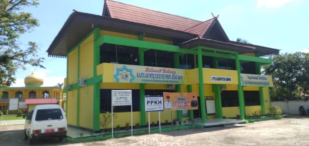 Gedung LPTQ Pusat Informasi Penanganan Covid-19 Kampar