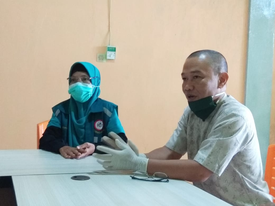 Hari Bakti Dokter Indonesia, IDI Kampar Bagi-Bagi Sembako Ke Masyarakat Terdampak Covid-19