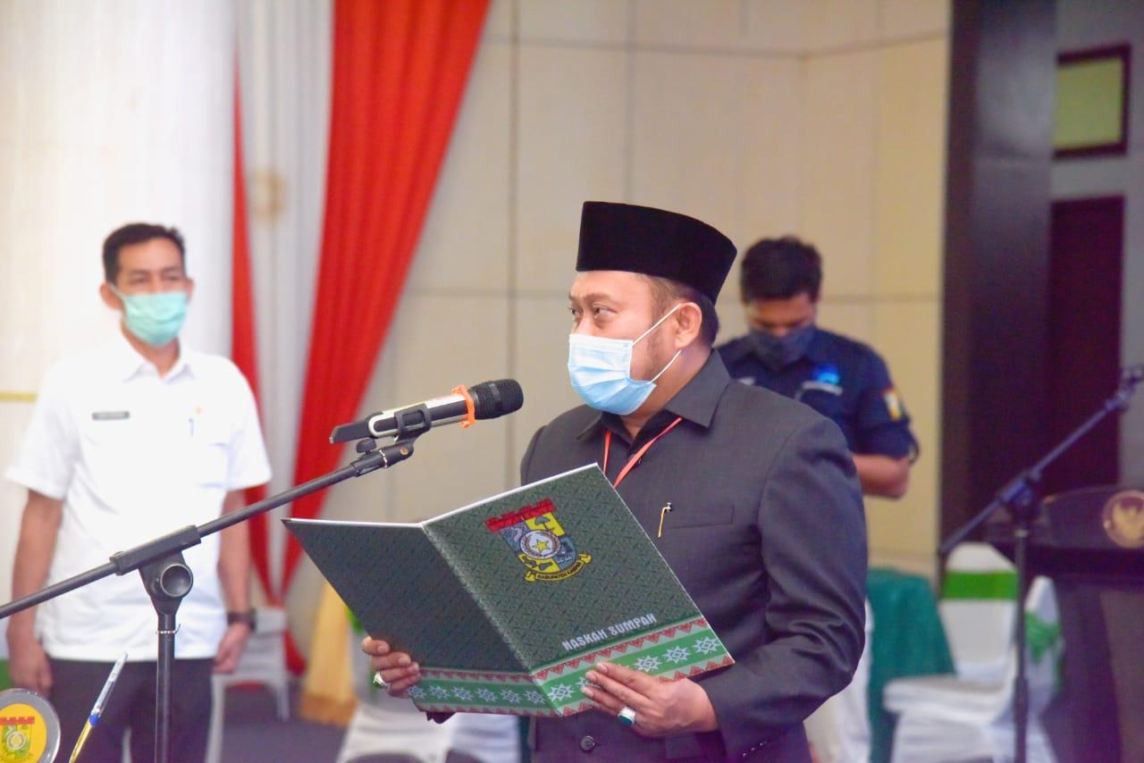 Bupati Lantik 104 Kepala Sekolah Kampar
