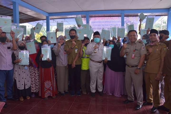 Penyerahan 700 Sertifikat Tora di Kecamatan Siak Hulu