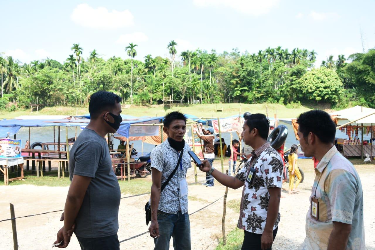 Geliat Pariwisata Kampar,Ramai Dikunjungi,Sungai Gelombang Mampu Tampung 150 Pedagang