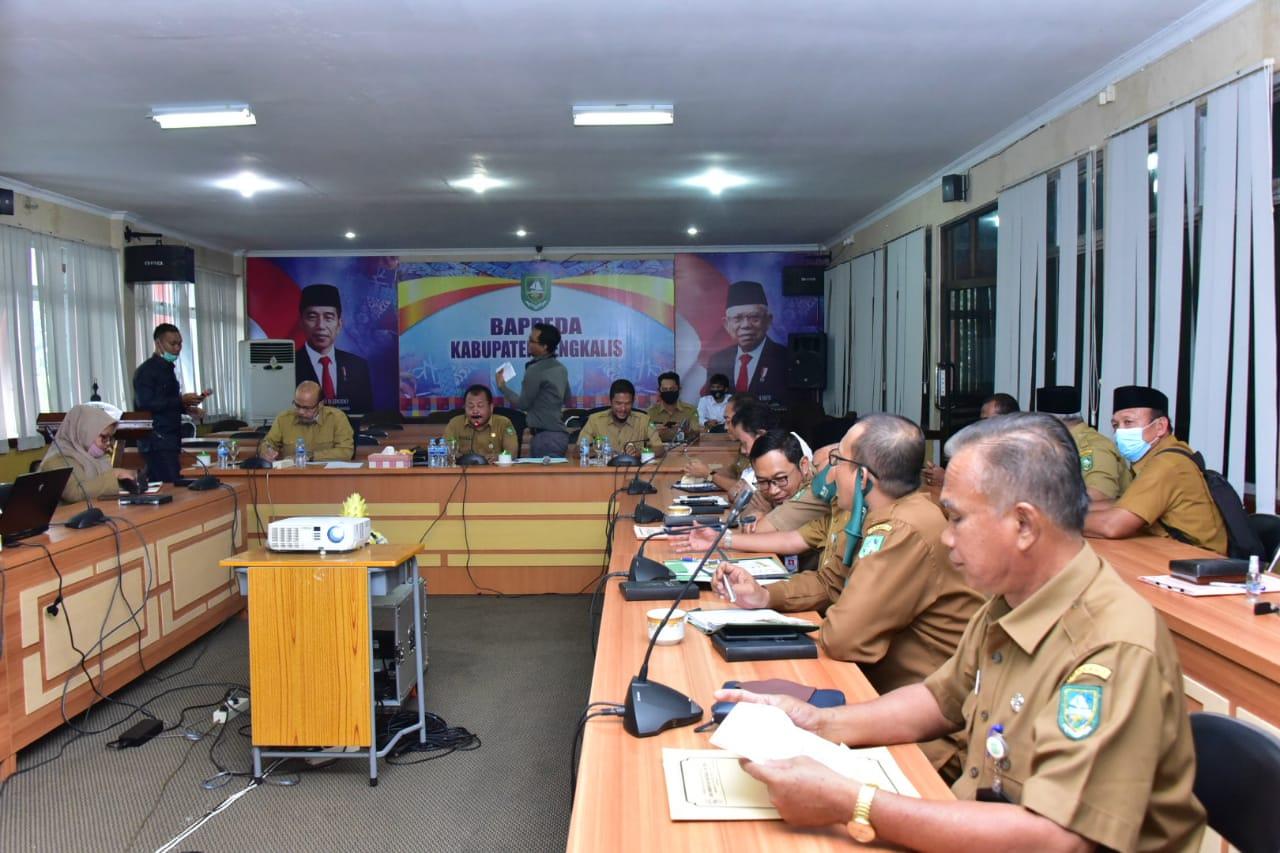 Rapat Pembahasan Permasalahan RTRW Kabupaten Bengkalis Tahun 2020-2040, di Ruang Rapat Zahari Kantor Bappeda Bengkalis