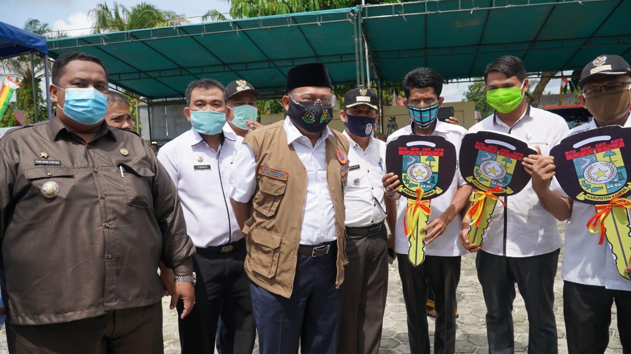 Serahkan 3 Unit Ambulance, Pelayanan Kesehatan Program Prioritas Kampar