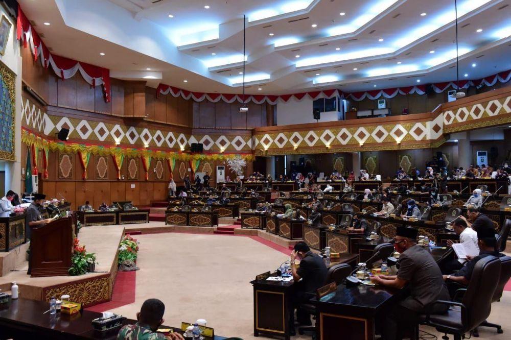 DPRD Riau Gelar Paripurna Raperda Pertanggungjawaban APBD Riau Tahun 2019