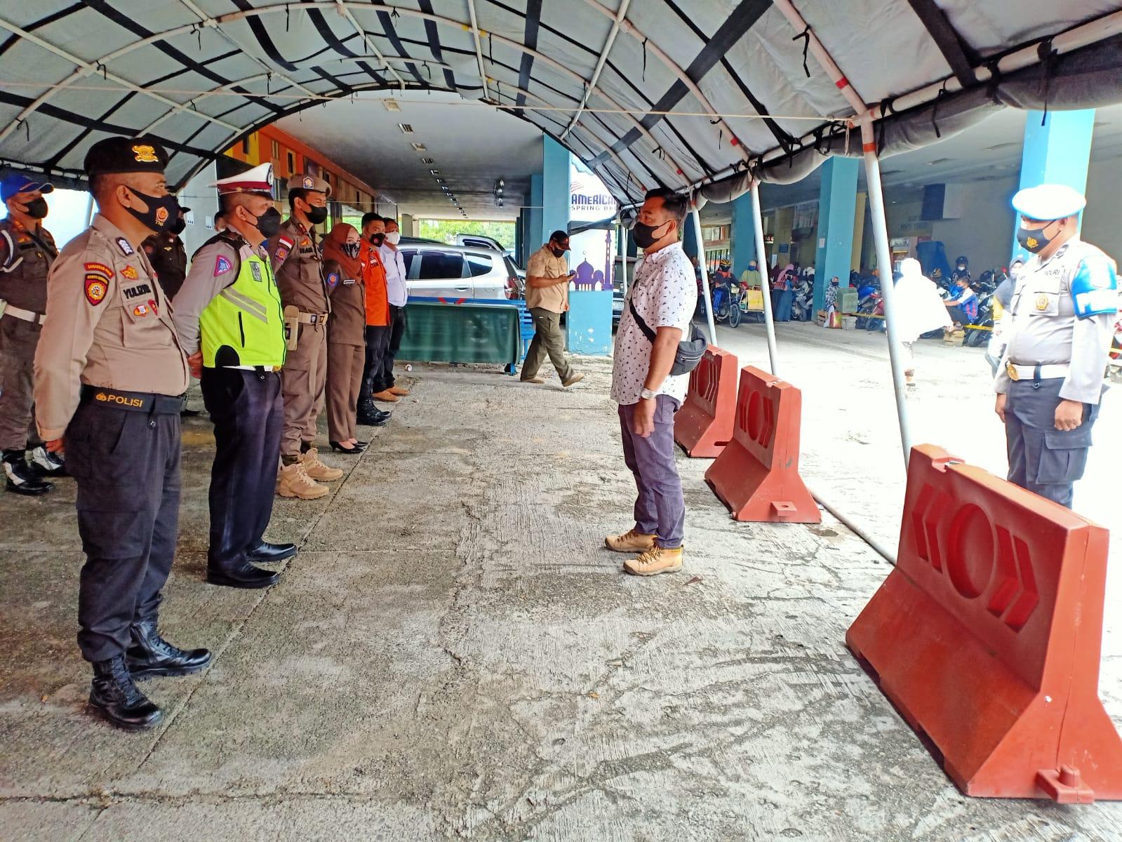 Tim Justisi Gabungan Di Kampar Tindak Pelanggar Protkes Di Kasawan Plaza Bangkinang