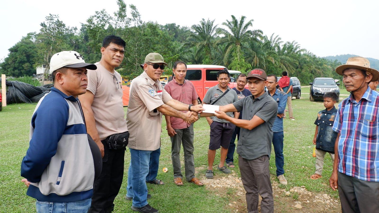 Desa Binaan Diterpa Bencana Banjir,TLCI 2 Riau Droping Bansos Dan Gerakkan Perekonomian Warga